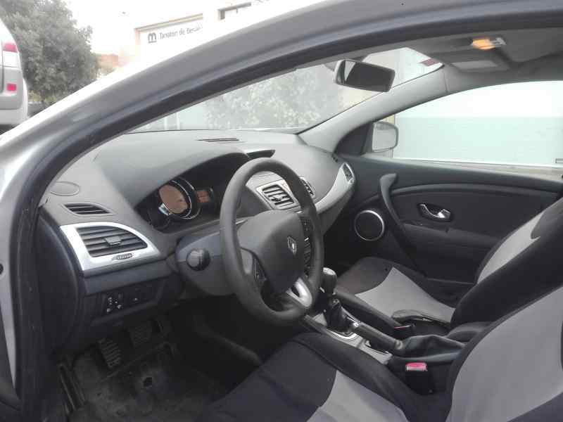 FARO ANTINIEBLA DERECHO RENAULT MEGANE III SPORT TOURER GT  1.5 dCi Diesel FAP (110 CV) |   05.10 - ..._img_2