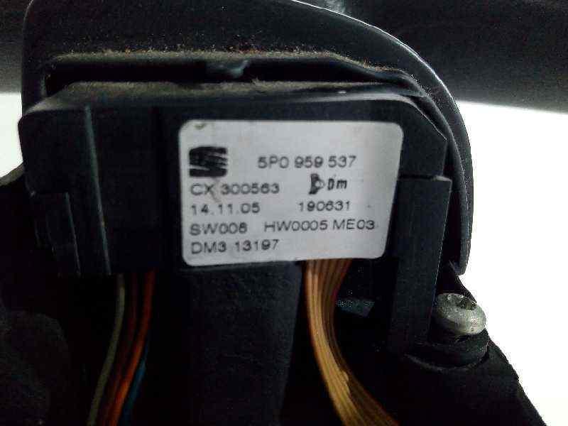 VOLANTE SEAT LEON (1P1) Comfort Limited  1.9 TDI (105 CV) |   04.07 - ..._img_2