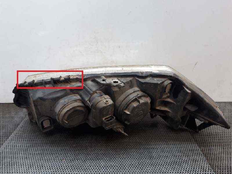 FARO DERECHO RENAULT MEGANE II FAMILIAR Dynamique  1.9 dCi Diesel (120 CV) |   07.04 - ..._img_1