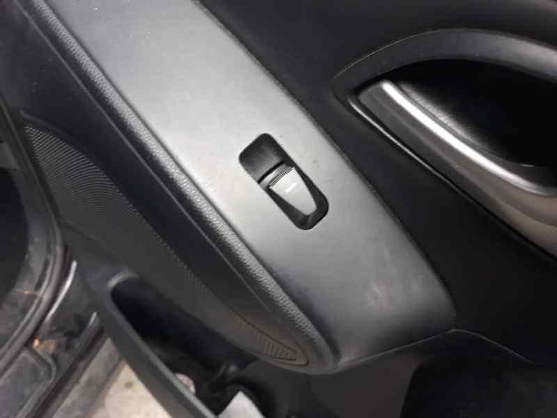 MANDO ELEVALUNAS DELANTERO DERECHO HYUNDAI IX35 Comfort 2WD  1.7 CRDi CAT (116 CV) |   01.10 - 12.13_img_0