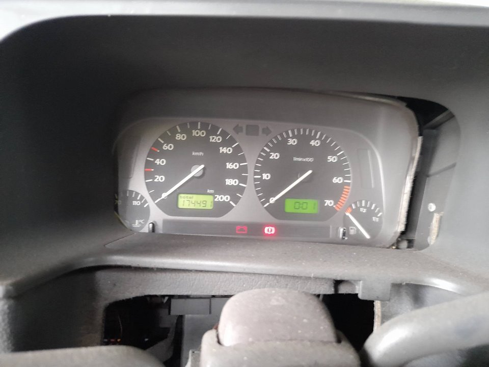 CUADRO INSTRUMENTOS VOLKSWAGEN GOLF III BERLINA (1H1) S  1.9 Turbodiesel CAT (AAZ) (75 CV) |   0.91 - ..._img_0