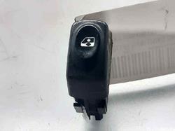 mando elevalunas delantero izquierdo  renault megane i fase 2 berlina (ba0) 1.9 dti rxe   (98 cv) 1999-2000 429999K