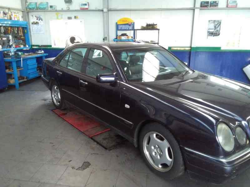 MERCEDES CLASE E (W210) BERLINA DIESEL 300 Turbodiesel (210.025)  3.0 Turbodiesel CAT (177 CV) |   03.97 - 12.99_img_3