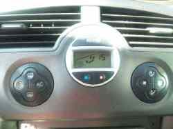 mando climatizador renault scenic ii confort dynamique  1.5 dci diesel (106 cv) 2003-2006 8200501465