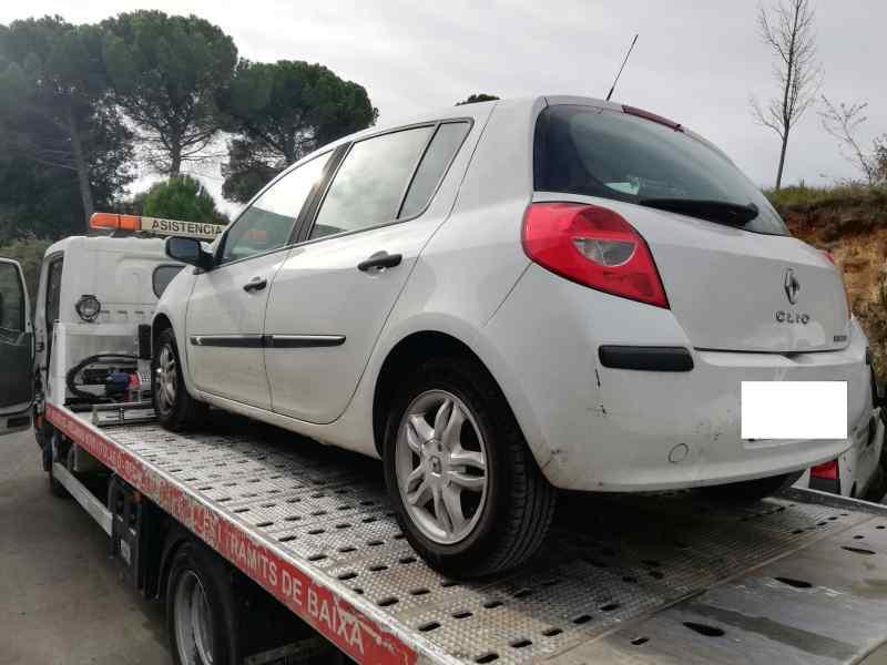 PARAGOLPES DELANTERO RENAULT CLIO III Authentique  1.5 dCi Diesel CAT (86 CV) |   01.07 - 12.10_img_4