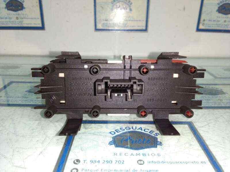 WARNING RENAULT SCENIC II Grand Confort Dynamique  1.5 dCi Diesel (106 CV) |   04.04 - 12.06_img_1
