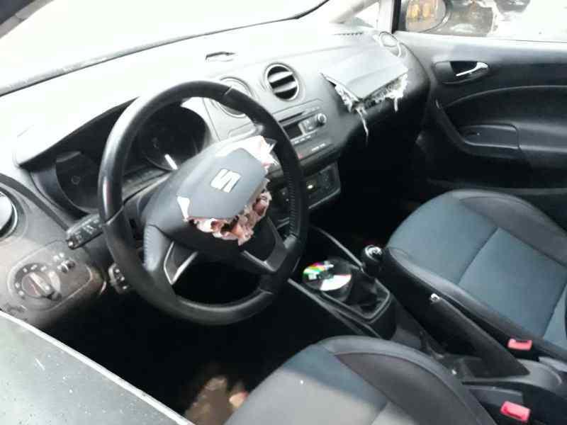 SEAT IBIZA (6J5) Style I-Tech 30 Aniversario  1.6 TDI (105 CV) |   05.14 - 12.15_img_4