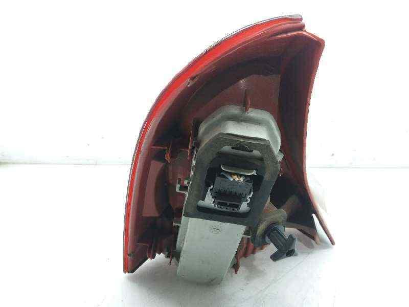 PILOTO TRASERO DERECHO RENAULT CLIO II FASE II (B/CB0) Authentique  1.5 dCi Diesel (65 CV) |   06.01 - 12.03_img_1