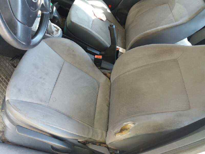 SEAT IBIZA (6L1) Stella  1.2  (64 CV) |   08.01 - 12.04_img_3
