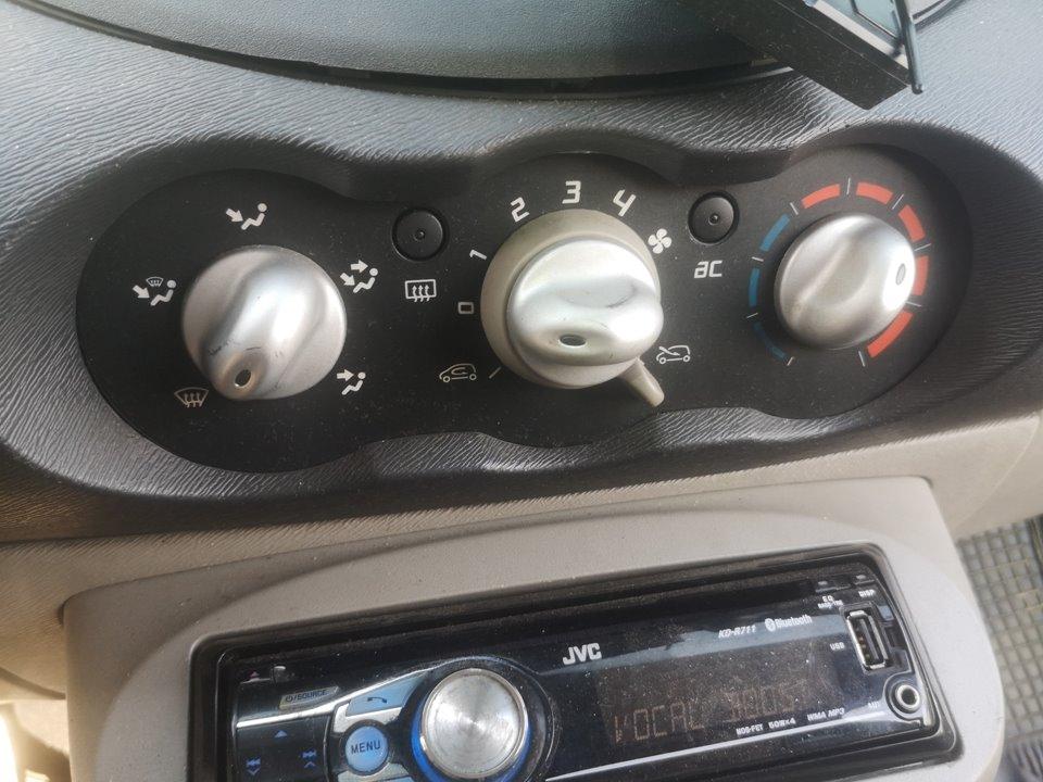 MANDO CALEFACCION /  AIRE ACONDICIONADO RENAULT TWINGO Authentique  1.5 dCi Diesel (64 CV)     07.07 - 12.11_img_0