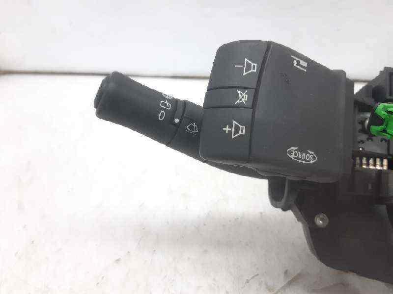 MANDO VOLANTE RENAULT MEGANE II BERLINA 5P Emotion  1.5 dCi Diesel (101 CV)     07.04 - 12.05_img_1