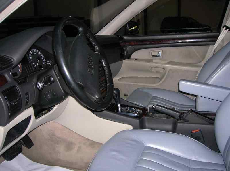 AUDI A8 (D2) 4.2 Quattro   (299 CV) |   06.94 - 12.99_img_3