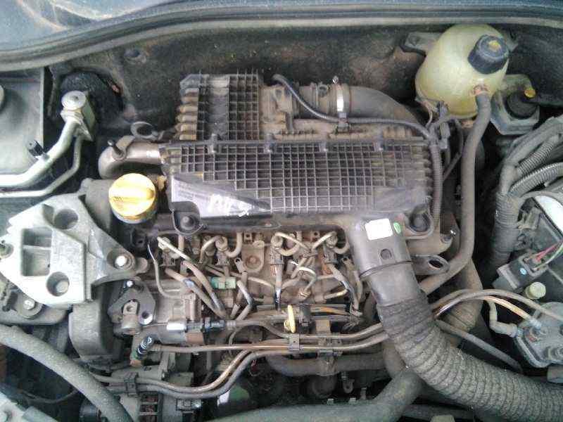 RENAULT CLIO II FASE II (B/CB0) Extreme  1.5 dCi Diesel (82 CV) |   12.02 - 12.05_img_1