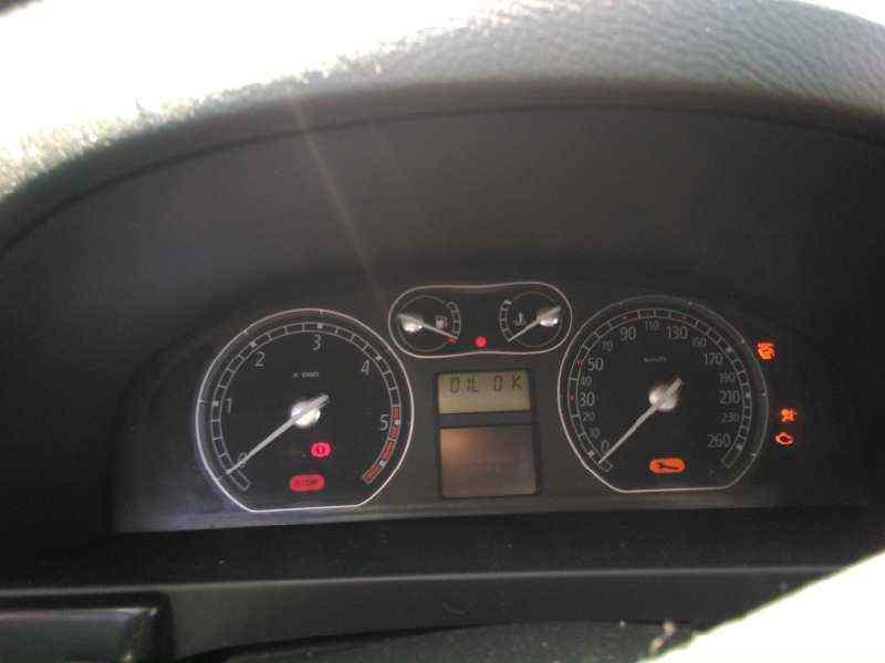 PILOTO TRASERO IZQUIERDO RENAULT LAGUNA II (BG0) Luxe Privilege  2.2 dCi Turbodiesel FAP CAT (139 CV) |   11.05 - 12.07_img_4
