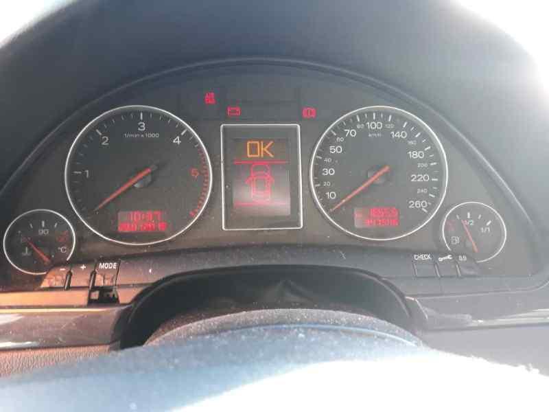 BRAZO LIMPIA DELANTERO DERECHO AUDI A4 BERLINA (8E) 1.9 TDI (96kW)   (131 CV) |   12.00 - 12.04_img_1