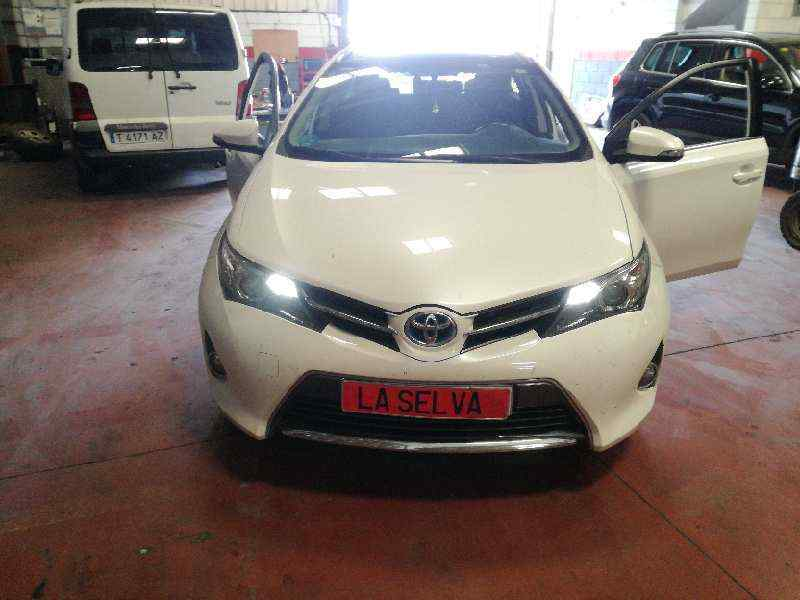 LLANTA TOYOTA AURIS TOURING SPORTS (E18) Hybrid Advance  1.8 16V CAT (Híbrido) (99 CV) |   07.13 - 12.15_img_4