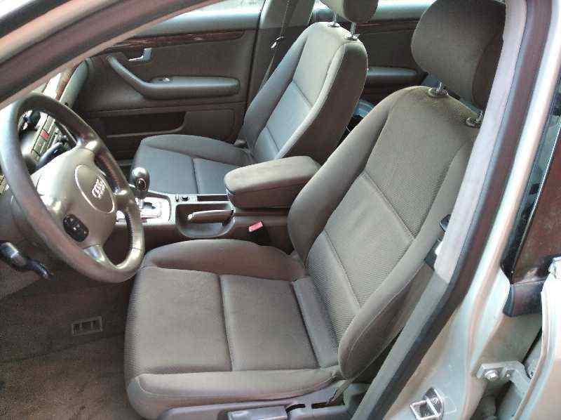 AUDI A4 BERLINA (8E) 2.5 TDI Quattro (132kW)   (180 CV) |   12.00 - 12.04_img_4