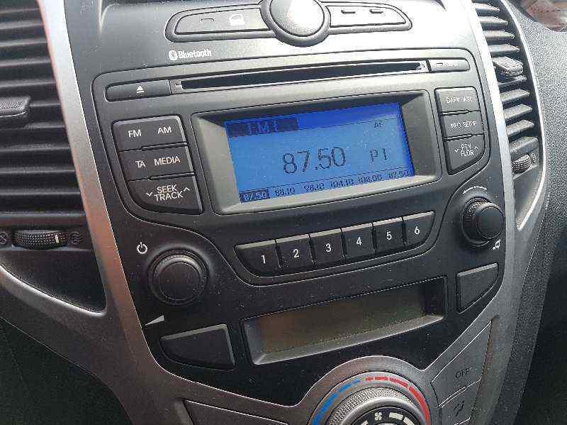 SISTEMA AUDIO / RADIO CD HYUNDAI IX20 GLS Comfort Blue  1.6 CRDi CAT (116 CV) |   08.11 - 12.13_img_0