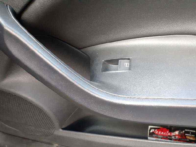 MANDO ELEVALUNAS DELANTERO DERECHO SEAT IBIZA ST (6P8)(05.2015->) Style  1.4 TDI (90 CV) |   ..._img_0