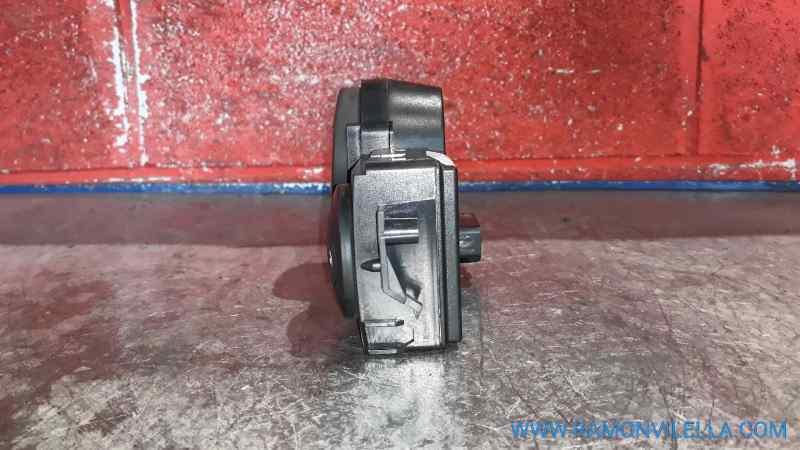 MANDO CLIMATIZADOR RENAULT MEGANE II CLASSIC BERLINA Confort Authentique  1.5 dCi Diesel (106 CV)     06.05 - ..._img_3