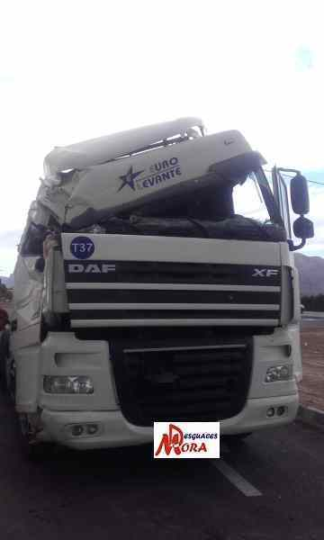 CAJA RELES / FUSIBLES DAF FT XF 105.460 '0  _img_0