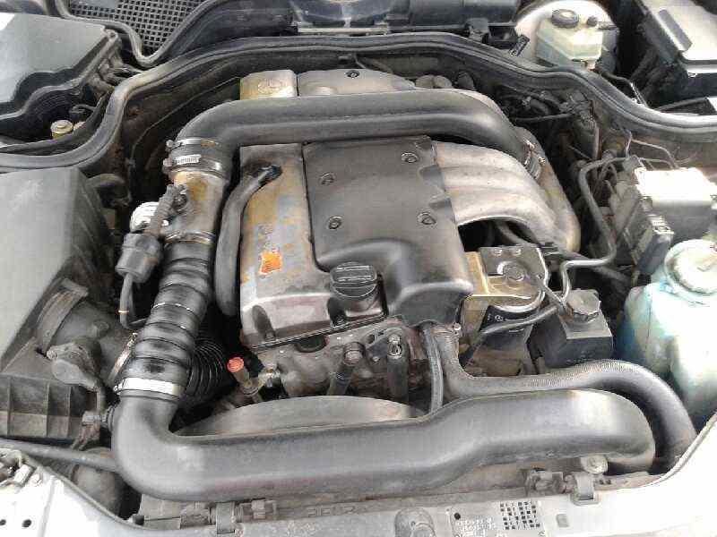 MERCEDES CLASE E (W210) BERLINA DIESEL 2.9 Turbodiesel CAT   (129 CV) |   0.95 - 0.02_img_3