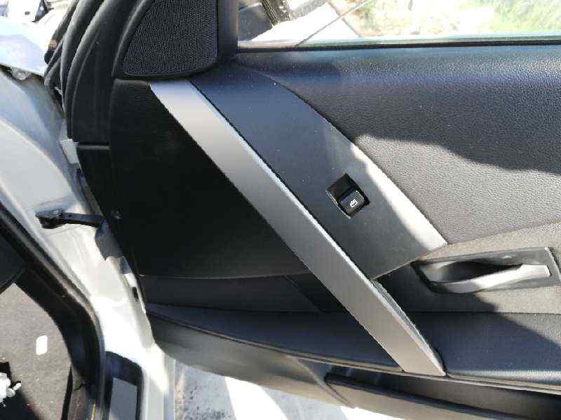 MANDO ELEVALUNAS DELANTERO DERECHO BMW SERIE 5 BERLINA (E60) 520d  2.0 16V Diesel (163 CV)     09.05 - 12.07_img_0