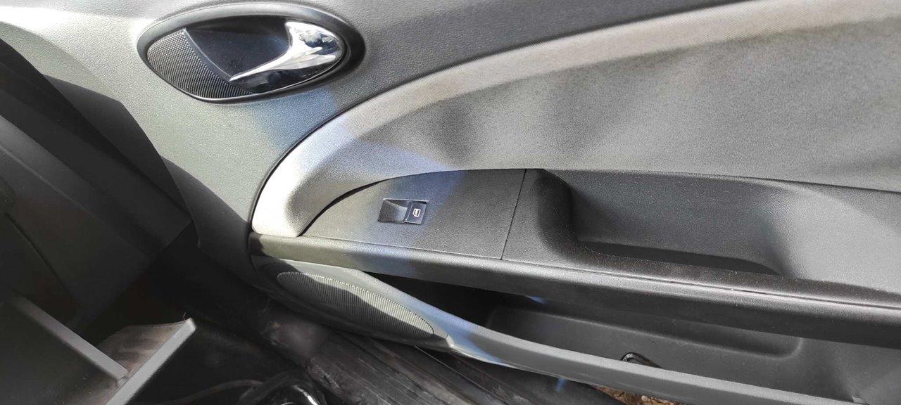 SEAT LEON (1P1) Sport Limited  1.9 TDI (90 CV)     01.07 - ..._img_3