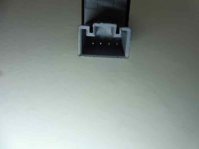 MANDO ELEVALUNAS TRASERO IZQUIERDO SEAT LEON (1P1) Stylance / Style  2.0 TDI (140 CV) |   05.05 - 12.11_img_2