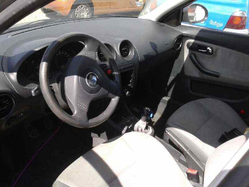 SEAT CORDOBA BERLINA (6L2) 1.9 TDI   (101 CV) |   0.02 - ..._img_4