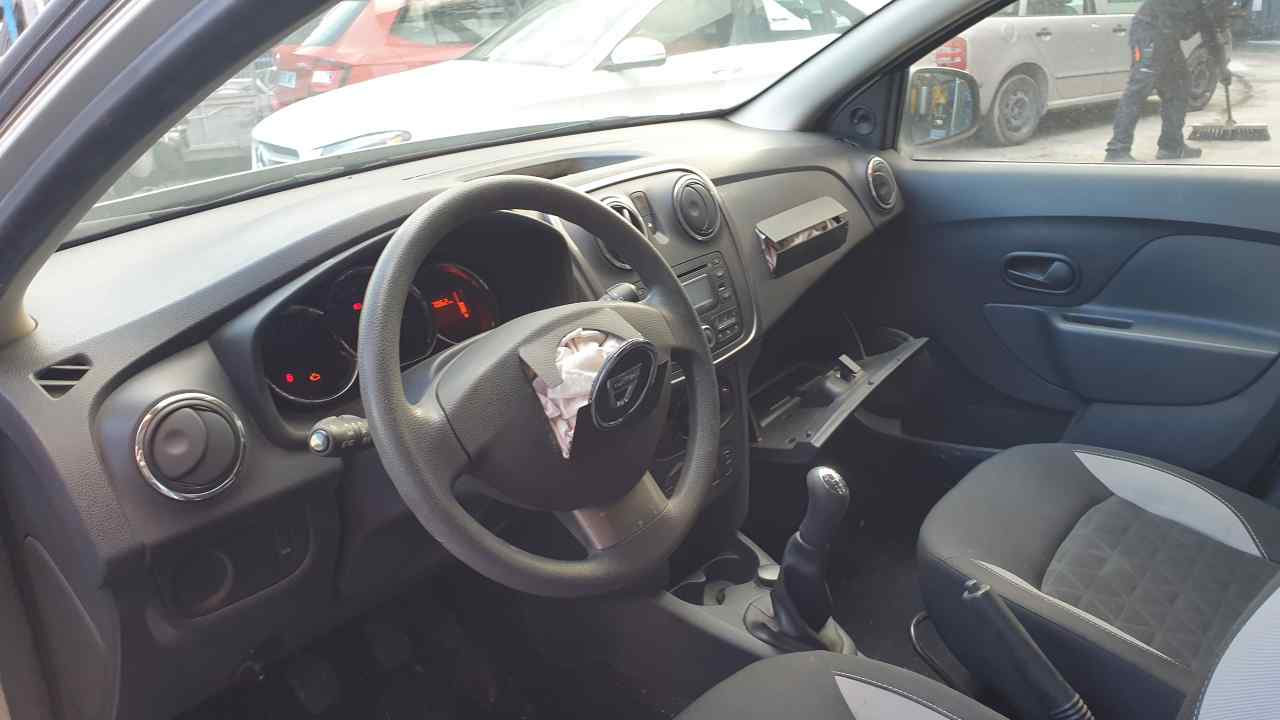 SISTEMA AUDIO / RADIO CD DACIA SANDERO Stepway  0.9 TCE CAT (90 CV) |   10.12 - 12.15_img_3