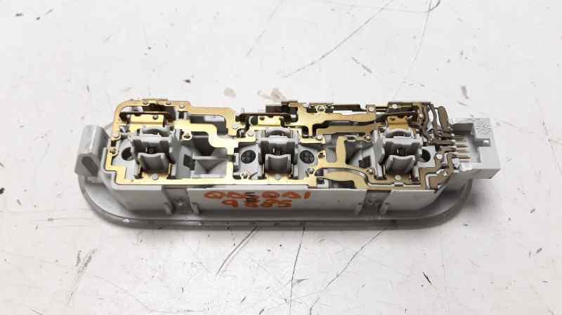 LUZ INTERIOR NISSAN QASHQAI (J10) Acenta  1.5 dCi Turbodiesel CAT (106 CV)     01.07 - 12.15_img_1