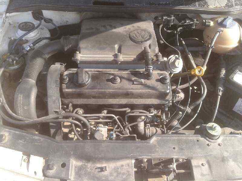 VOLKSWAGEN POLO BERLINA (6N1) Concept  1.9 Diesel (64 CV) |   09.94 - 12.99_img_3
