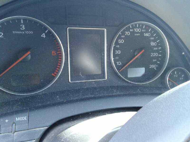 AUDI A4 BERLINA (8E) 2.5 V6 24V TDI   (163 CV) |   0.00 - ..._img_3