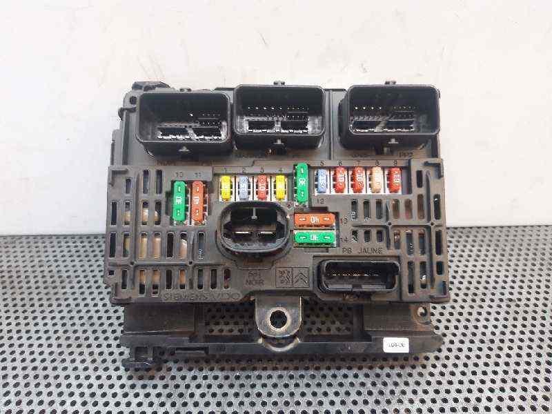 Conector Tapones 9667199680 R08 BSM-00 ✩✩✩✩ Citroen C2 C3 Bajo Capó Caja De Fusibles