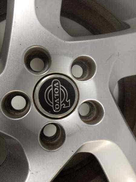 LLANTA VOLVO C30 1.6 D Drive Momentum   (114 CV) |   10.10 - 12.12_img_2