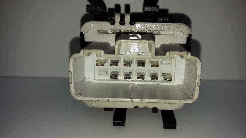 MANDO ELEVALUNAS DELANTERO IZQUIERDO  RENAULT LAGUNA II (BG0) Authentique  1.9 dCi Diesel CAT (101 CV) |   11.01 - 12.05_img_1