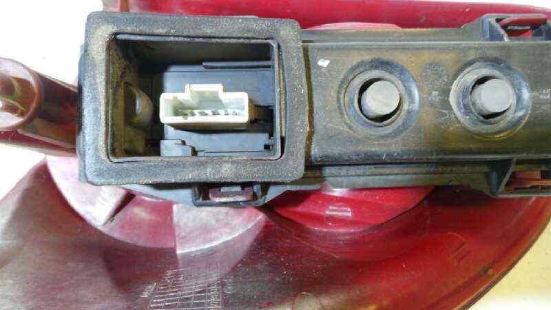 PILOTO TRASERO IZQUIERDO PEUGEOT 307 BREAK / SW (S1) BREAK XS  1.6 HDi (109 CV) |   06.04 - 12.05_img_1