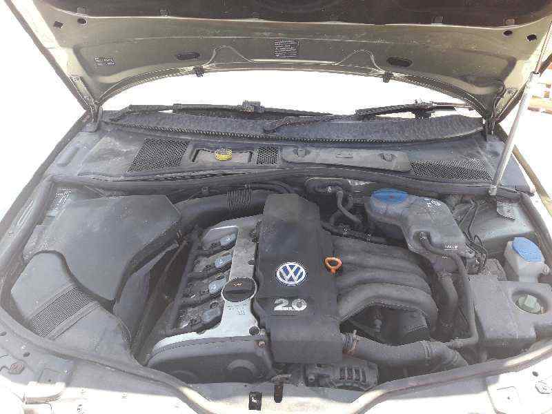 VOLKSWAGEN PASSAT BERLINA (3B3) Highline  2.0 20V CAT (ALT) (131 CV) |   05.01 - 12.05_img_4