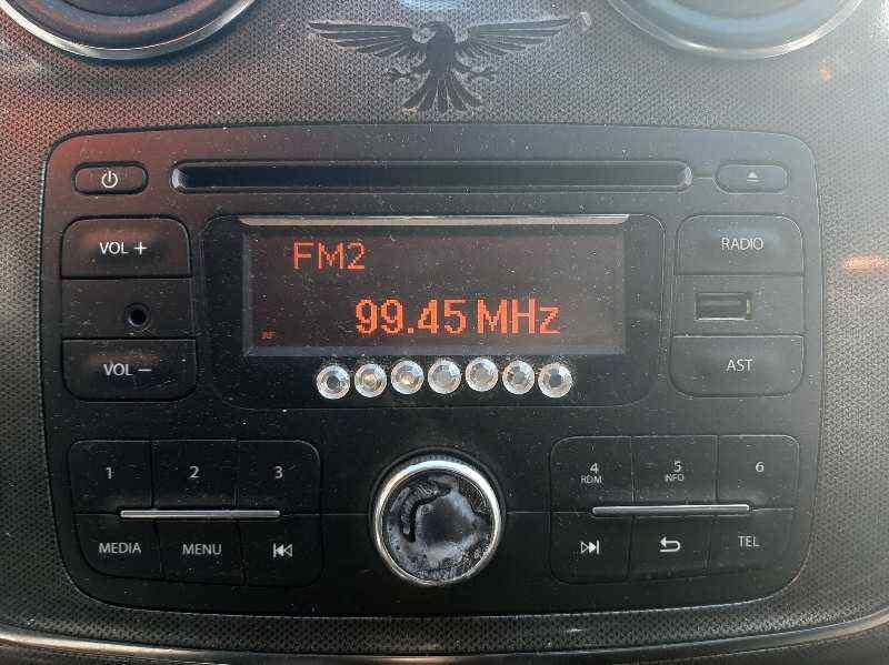 SISTEMA AUDIO / RADIO CD DACIA SANDERO Stepway  1.5 dCi Diesel FAP CAT (90 CV) |   10.12 - 12.15_img_0