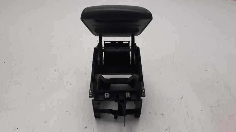 APOYABRAZOS CENTRAL SEAT LEON SC (5F5) FR  2.0 TDI (150 CV) |   01.13 - 12.15_img_1