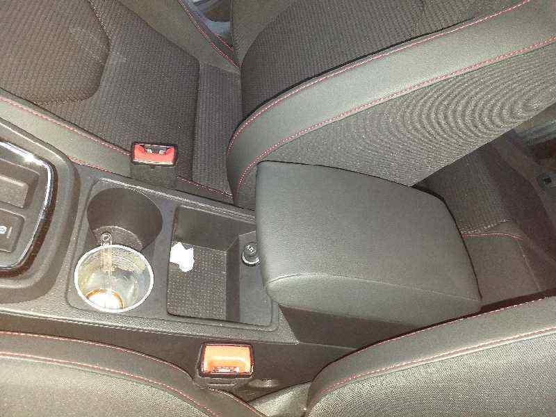 APOYABRAZOS CENTRAL SEAT LEON (5F1) FR Plus  1.4 16V TSI (150 CV) |   ..._img_0