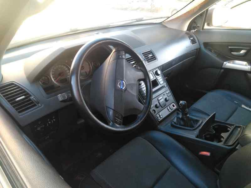 VOLVO XC90 D5  2.4 Diesel CAT (163 CV) |   07.02 - 12.04_img_1