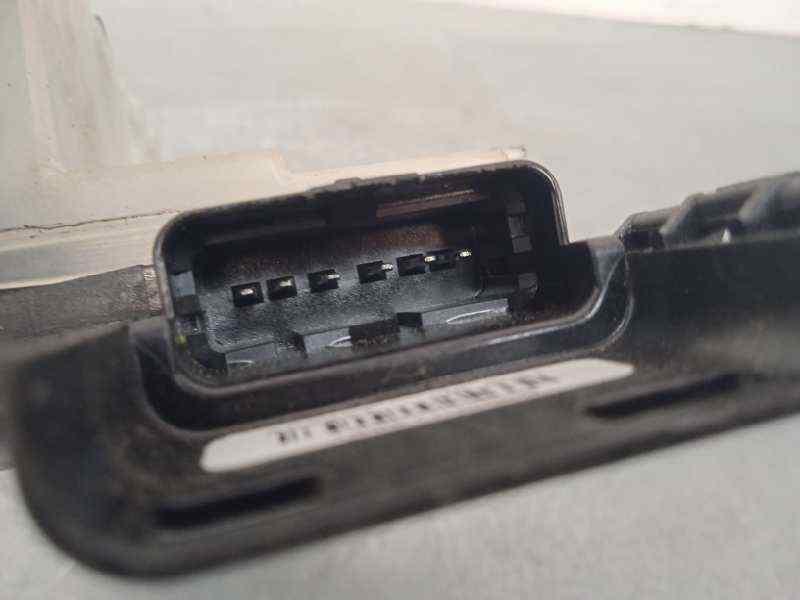 MANDO ELEVALUNAS DELANTERO IZQUIERDO  RENAULT CLIO III Expression  1.5 dCi Diesel CAT (86 CV) |   01.07 - 12.10_img_0