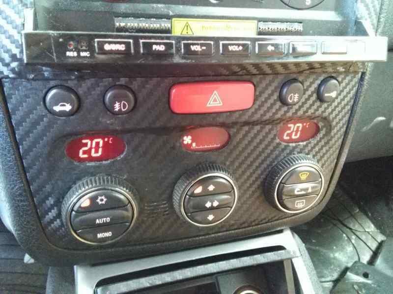 ALFA ROMEO GT (125) 1.9 JTD 16V 150/ Distinctive   (150 CV) |   01.04 - 12.06_img_3