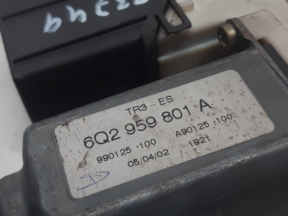 MOTOR ELEVALUNAS DELANTERO DERECHO SEAT IBIZA (6L1) Stella  1.9 SDI (64 CV) |   04.02 - 12.04_img_3