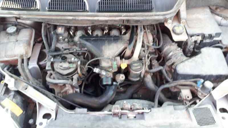 FORD FOCUS C-MAX (CAP) Ghia (D)  2.0 TDCi CAT (136 CV) |   06.03 - 12.07_img_4