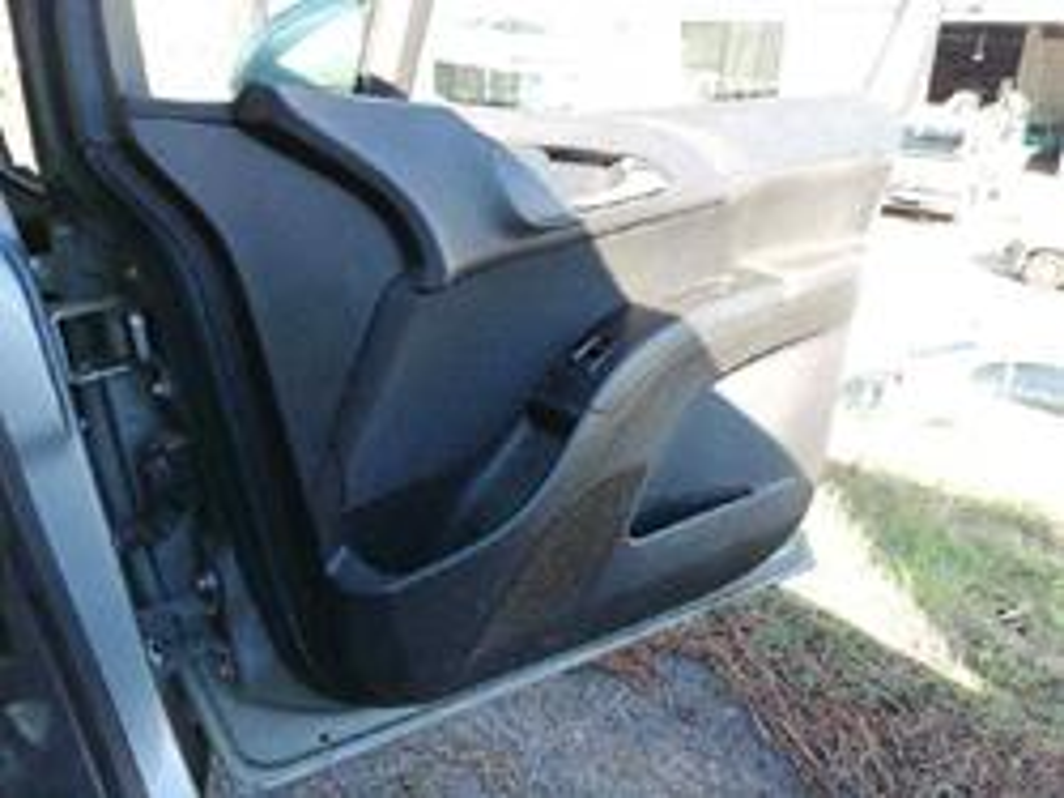 guarnecido puerta delantera derecha opel meriva b essentia  1.3 16v cdti (75 cv) 2010-2011