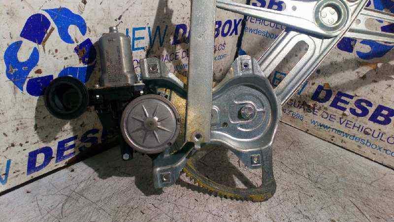 ELEVALUNAS DELANTERO DERECHO TOYOTA AURIS Active  1.4 Turbodiesel CAT (90 CV) |   09.12 - 12.15_img_4