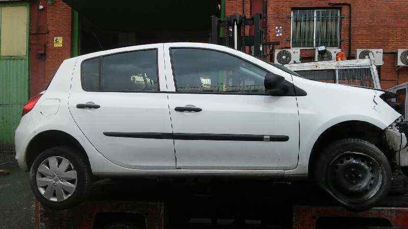 RENAULT CLIO III Authentique  1.5 dCi Diesel (65 CV) |   05.10 - ..._img_1